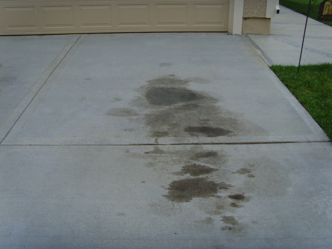 TNA Concrete - Oil Stain on Driveway 2